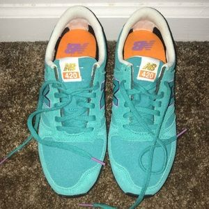 BRAND NEW new balance shoes :)